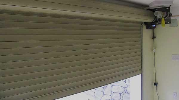 Cách khắc phục lỗi cửa cuốn bị kẹt
