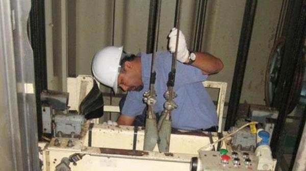 Bảo trì thang máy tại Hà Nội giá rẻ